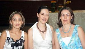 Mariana López, Gaby Alarcón y Ana Cris de Menéndez.
