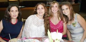Cristina de Khawly, Ale de Zarzar, Lily de Giacomán y Sofía Zarzar.