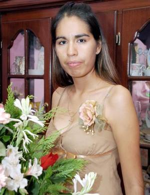 Sayra Deyanira Cordero Herrera fue despedida de su soltería.