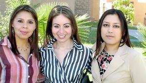 Victoria Casas, Nadia Jaramillo y Nancy Hernández