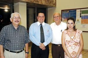 Benjamín Gómez, Guillermo Riesco, Alfonso López y Laura López.