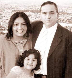 Familia Galindo Milán captados en pasado acontecimiento social.