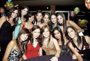 María, Ana Cris, Ale, Zaide, Ana Gaby, Marijose, Mariana, Mary Carmen, Nuri y Bárbara acompañaron a Tony Sosa Müller.