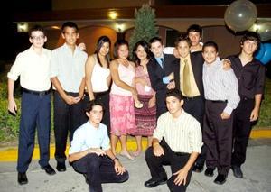 Omar, Luis, Gustavo, Ricardo, Ana, Mariana, Sofía, Juan, ALfredo, Enrique, Rodrigo y Andrés.
