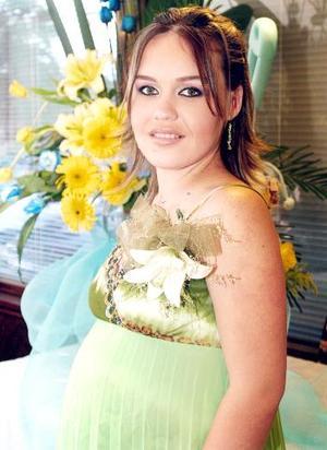 <b>12 de septiembre</b><p> Sandra Rivas de Alarcón y su esposo Javier Alarcón Adame esperan un niño