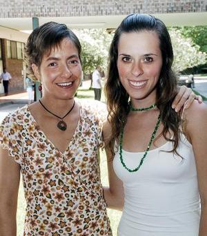 Gabriela Gutiérrez y Paty Secunza.