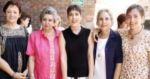 Rosy Ramm de Rico, Guadalupe de Allegre, Rommy Schott, Alejandra de Schott y Gaby Gutiérrez Schott.