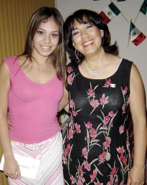 Paty Ortega Rodríguez y Paty de Ortega.