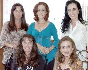 Carla Serhan de Martínez, Linda Handal de Zarzar, Gaby Silveyra de Herrera, Alejandra Serhan de Reed y Katia Handal de Zarzar.