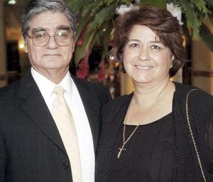 <b>14 de septiembre 2005</b><p> Alberto Caldera e Irma Morales de Caldera.