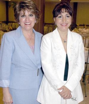 Rosalía Mena de Bitar y Aída Chamut  de Mansur.