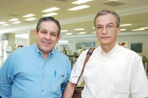 Luis Rey Delgado y Jesús Delgado viajaron a México.