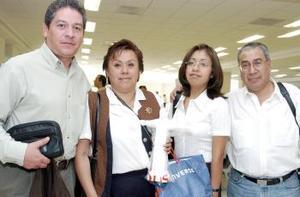 <B>17 de septiembre 2005</b><p> Alejandro Contreras, Nicolás Carmona, Carmen Narvaez y Érika Ávila viajaron al DF.