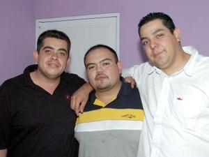 <b>16 de septiembre 2005</b><p> Fernando Maldonado, Jorge Pizarro y Pascual Martínez.