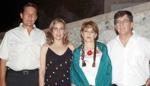 Alberto Allegre, Juany de Allegre, Mary de Madero y César Madero.