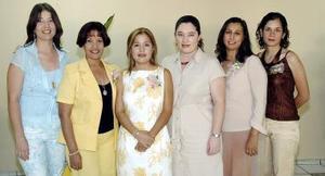 Aidé Magallanes Juárez disfrutó de una fiesta de despedida con motivo de su cercano enlace nupcial .