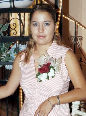 Aideé Mgallanes Juárez, en su fiesta de despedida de soltera.