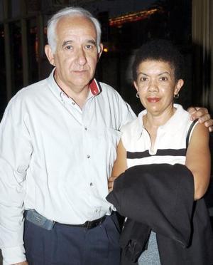 Fernando Nogueira y María Esther González.