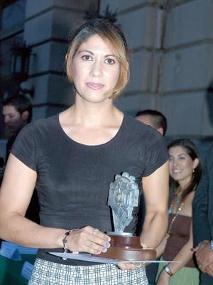 Florisela Ulloa, ganadora del género de New Age y Electrónica del festival Pintanfo la Música.