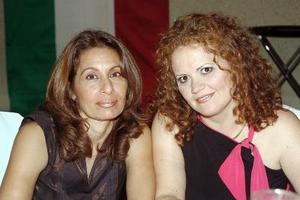 Lourdes Montoya e Irma González.