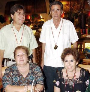 Marycarmen y Juan Antonio Sifuentes, Maga y Marcelino González.