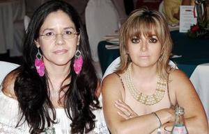 Patricia Quirarte de Martínez y Sofía Torres de Porras.