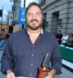 Roberto Gotés Hansen, ganador del Premio Raúl Esparza.