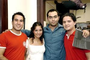 <b>18 de septiembre 2005</b><p> Víctor, Itzel, Alfredo y Román.
