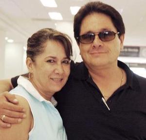 Francisco y Cristina Limón viajaron con destino a la Ciudad de México.