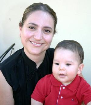 Alicia Martínez y Emiliano Flores.