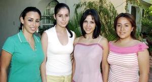 <b>19 de septiembre 2005</b><p> Tita Ulloa, Nelly Blackaller, Alma Luján y Laura Gama.