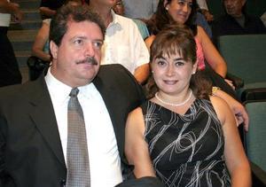 Alejandro Cárdenas Sáenz y María Otilia Pérez Gavilán de Cárdenas.