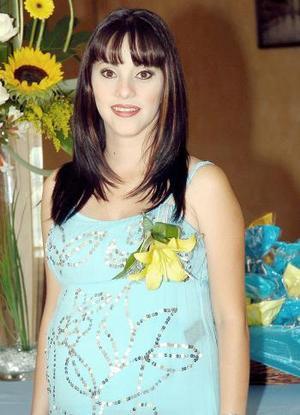 <b>21 de septiembre</b><p> Mónica Franco Macías recibió lindos regalos en la fiesta de canastilla que se le ofreció por el próximo nacimiento de su primer bebé.