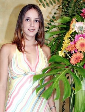 Adriana Plancarte Welsh contraerá matromonio en breve con Mario Treviño Rivero, y por ello disfrutó de un despedida de soltera