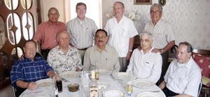 Leopoldo García, Sergio de la Garza, Jesús Martínez, Eduardo Martínez, Agustín Calderón, Jesús Pedroza, Gabriel de León, Carlos González y Antonio Luna.