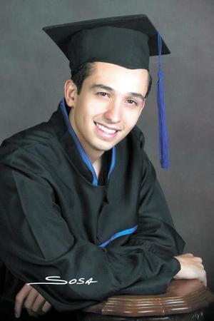 Lic. Manuel Alejandro Martínez Garza recibió recientemente el título de Licenciado en Derecho.
