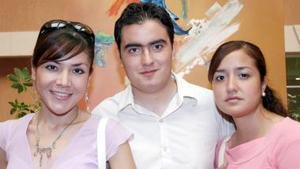 María José Escobedo Medellín, David y Beatriz Ibarra Rubio.