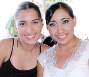 Verónica Beernaert y Zaira Milán.