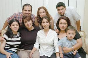 Jaqueline Ramos Varela, celebró su cumpleaños con una amena fiesta en compañía de amigos.