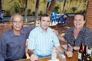 Adrián Morales, Rolando Albores y Jorge González