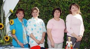 Yolanda de Gutiérrez, Mayela de Garza, Xanat de Fragoso y Silvia de Gutiérrez.