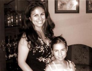 Berenice Guajardo Torres festejó a su hija Berenice Álvarez Guajardo, con una piñata.