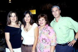 Mary Carmen de la Parra, Dora Sánchez, Sara Molina y Fernando Velázquez, convivieron alegremente.