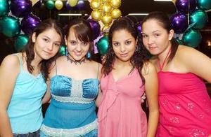 Andrea, Corina, Mariana y Mavhis.