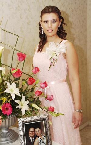 <b>27 de septiembre 2005</b><p> Violeta Marmolejo Carmona, contraerá en breve nupcias, con Sergio Meraz Sánchez.