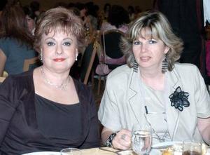 Laura Prado  e Isabel de Zúñiga.