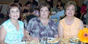 Mercedes de Alonso, Martha de Del Río y Ángeles de Vela.