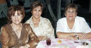 <b>28 de septiembre 2005</b><p> Gaby Faya, Helen de Fernández y Lety Gómez.