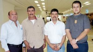 Francisco, Nicolás y José Díaz y Javier de León viajaron al DF.