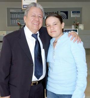 Héctor León López e Ivonne viajaron a Milán, Italia.